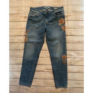 Mavi Ada Boyfriend Jeans w/ Embroidery (31)